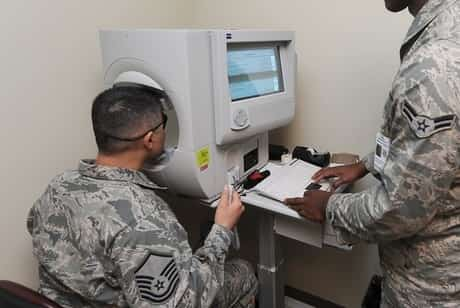 Eye diagnosing in military hospital